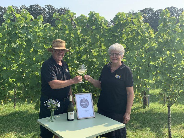 Wijngaard De Kruithof ontvangt certificaat Betuws Best